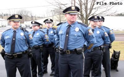 فلوریڈا کے سکولوں میں پولیس تعینات کی جائے گی: گورنر رِک سکاٹ