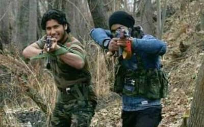 بھارتی جیل سے مجاہدین کے حملے میں رہا ہونے والے مشہور جہادی کمانڈر ابو حنظلہ کی ایک ماہ بعد ایسی ویڈیو منظر عام پر آ گئی کہ پورے ہندوستان کو سانپ سونگھ گیا