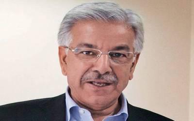 وزیرخارجہ خواجہ آصف نے سیاسی پھینکنے والے شخص کو معاف کردیا،فیض کو رہا کردیا گیا