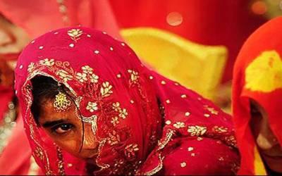 پیسوں کیلئے 13 سالہ لڑکی کی 60 سالہ شخص سے شادی