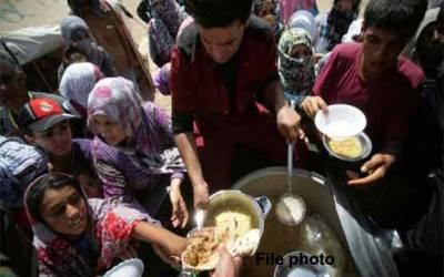 شام کے محصور زدہ علاقے مشرقی الغوطہ میں خوراک پہنچنا شروع ہو گئی