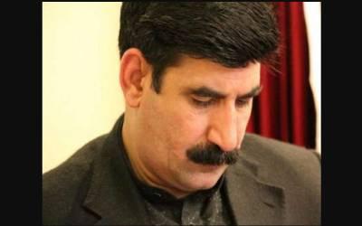 پیپلز پارٹی کے رہنما اخونزادہ چٹان کے گھر پر راکٹ حملہ ،کوئی جانی نقصان نہیں ہوا
