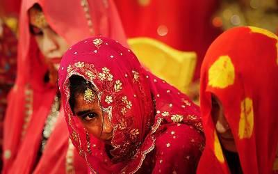 25 ہزار روپے قرض کے عوض 10 سالہ لڑکی کی شادی، رخصتی پر چیخ و پکار ہوئی تو پولیس پہنچ گئی، دولہا کی عمر کتنی تھی؟ جان کرآپ بھی کانوں کو ہاتھ لگائیں گے