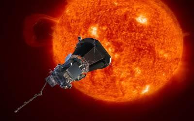 انسان کی جانب سے چاند اور سیاروں کے سفر کے بارے میں آپ جانتے ہی ہوں گے لیکن اب سورج پر جانے کی تیاری بھی کرلی گئی، اتنی گرمی میں کیسے پہنچا جائے گا؟ انسانی تاریخ کی سب سے حیرتناک خبر آگئی