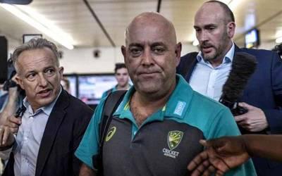 آسٹریلوی کپتان کی بال ٹمپرنگ کی کوشش پر آسٹریلیا کی ٹیم کو سب سے بڑا جھٹکا لگ گیا ، انتہائی اہم ترین شخصیت نے ٹیم سے استعفیٰ دینے کا ہی اعلان کر دیا