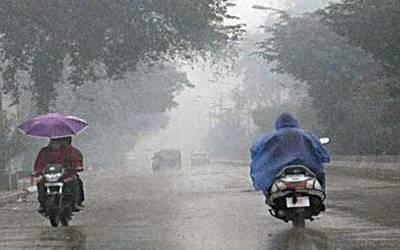 پنجاب: بارش اور آندھی سے مکانوں کی چھتیں اڑنے کے واقعات میں بچی جاں بحق، 13 زخمی