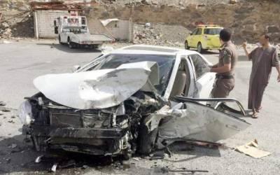 سعودی عرب میں ٹریفک حادثہ، زخمیوں کو ہسپتال منتقل کردیا گیا، لیکن پھر 5 گھنٹے بعد کسی نے گاڑی میں جھانک کر دیکھا تو وہاں کیا چیز موجود تھی؟ دیکھ کر ہر کسی کے واقعی ہوش اُڑگئے کیونکہ وہاں خاتون۔۔۔