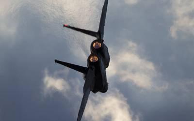 اسرائیلی طیاروں نے بڑے مسلمان ملک پر حملہ کردیا،بم برسا دئیے