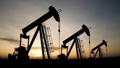 امریکہ اور روس کے مابین لفظی جنگ ،خام تیل کی قیمتوں میں اضافہ