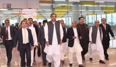 وزیراعظم شاہد خاقان عباسی کا نیو انٹرنیشنل اسلام آباد ایئرپورٹ کا دورہ