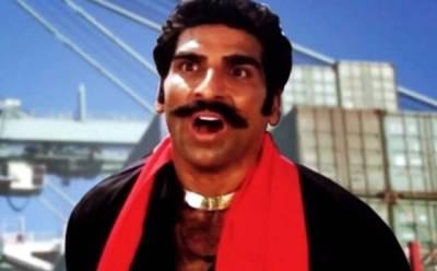 """ہندی فلموں کا یہ مشہور 'ولن' تو آپ کو یاد ہو گا مگر یہ آج کل کدھر ہیں اور کیا کر رہے ہیں؟ ایسی تفصیلات سامنے آ گئیں کہ جان کر آپ بھی بے اختیار کہہ اٹھیں گے """"وقت انسان کو کہاں سے کہاں لے جاتا ہے"""""""