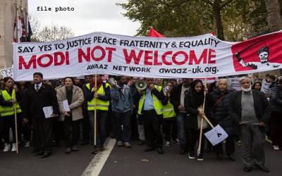 مودی کی لندن آمد ،برطانوی پارلیمنٹ کے ہزاروں باہر کشمیریو ں،سکھوں اور پاکستانیوں کا احتجاج