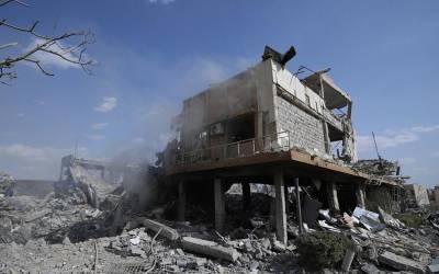 'ہم یہاں کیمیائی ہتھیار نہیں بناتے بلکہ سانپوں کی۔۔۔' شام میں جس عمارت کو امریکہ نے کیمیائی ہتھیاروں کی فیکٹری کہہ کر تباہ کیا وہاں کام کرنے والا شخص منظر عام پر آگیا، دراصل یہاں کیا ہوتا تھا؟ جان کر امریکی فوج اپنا منہ چھپاتی پھرے گی