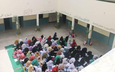 بنوں میں زلزلے کے دوران بھگڈر مچنے سے 15 طلبہ زخمی