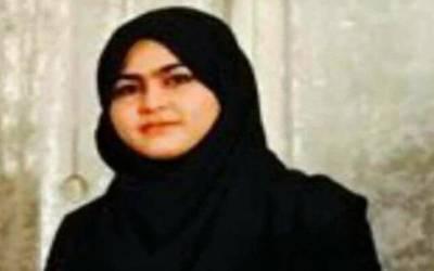 کوہاٹ، پی ٹی آئی کے صدر مقتول طالبہ عاصمہ رانی کا کیس ختم کرانے کیلئے دباﺅ ڈال رہے ہیں: بہن صفیہ رانی