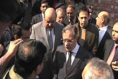 چیف جسٹس کا پشاور میں ذہنی امراض کے ہسپتال کا دورہ ،خراب صورتحال پر وزیر اعلی طلب