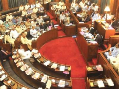سندھ حکومت نے موٹر وہیکل ٹیکس آئندہ مالی سال میں بڑھانے کی تجویز کردی
