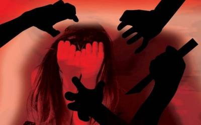 میاں چنوں: تین افراد کی گھر میں گھس کر دو بچوں کی ماں سے اجتماعی زیادتی، دو ملزم گرفتار
