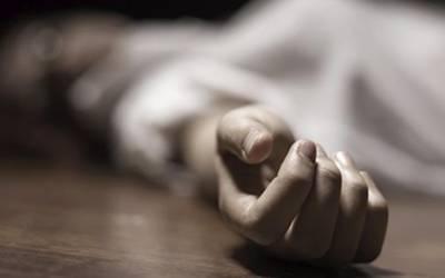 بیوی آشنا کیساتھ فرار ، شوہر نے 3بچوں کو قتل کر کے خود کشی کرلی