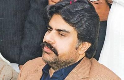 سندھ میں 6 سے 18 گھنٹے لوڈشیڈنگ ہورہی ہے،وفاقی حکومت ہوش کے ناخن لے:ناصر شاہ
