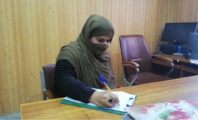 خیبر پختونخوا پولیس نے پہلی مرتبہ خاتون پولیس اہلکار کو مدد محرر تعینات کر دیا