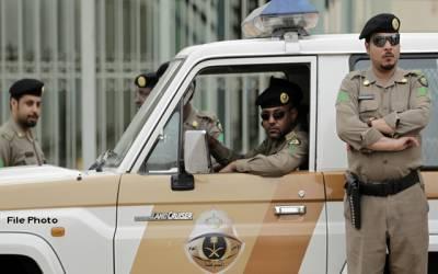سعودی عرب میں بیٹریاں ، جنریٹرزاور کیبل چرانے والا 14 رکنی گروہ گرفتار