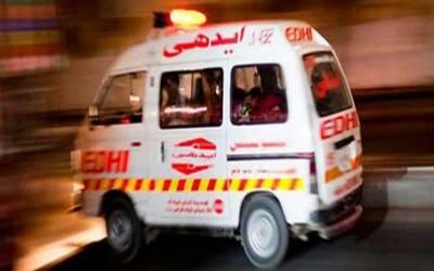 صوابی: اسسٹنٹ کمشنرکی گاڑی نے دو موٹرسائیکلوں کو ٹکر ماردی، ایک ہی خاندان کے 4 افراد جاں بحق