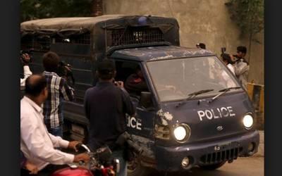 کوئٹہ ، دہشتگردوں کی پولیس وین پر فائرنگ، ایک اہلکار شہید، دوسرا زخمی