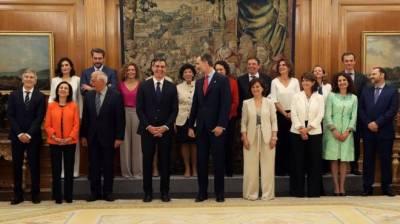 سپین کے وزیر اعظم پیدرو سانچز کی کابینہ میں 11 خواتین سمیت سترہ وزراء نے حلف اٹھا لیا