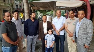 بارسلونا میں حاجی محمد اشرف اور مون شہزاد بھٹی کی جانب سے افطار ڈنرکا اہتمام