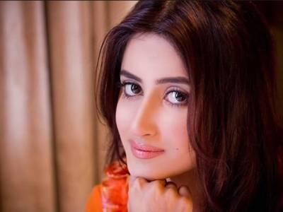 اداکارہ سجل علی نے فلم میں اداکاری کی پیشکش مسترد کر دی