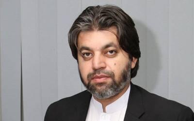 مجھے ن لیگ کی وکالت کی ضرورت نہیں،اس سے میرا کیس اور خراب ہو گا ،پارٹی ٹکٹ ملے یا نہ ملے ؟میںعمران خان کے ساتھ ہوں:علی محمد خان