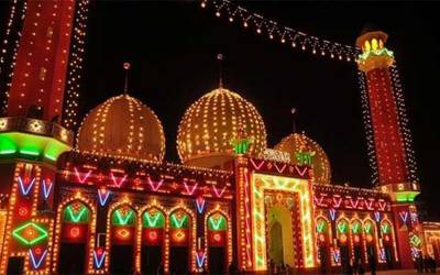 ملک بھر میں شب قدر مذہبی عقیدت و احترام سے منائی جا رہی ہے