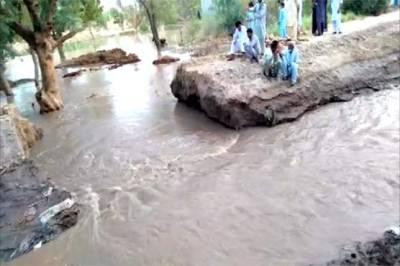 رحیم یار خان :نہر میں شگاف پڑنے سے فصلیں زیر آب