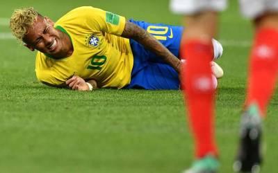 فیفا ورلڈ کپ کی فیورٹ ٹیم برازیل کو ایک اور بڑا دھچکا لگ گیا ،نیمار کے مداحوں کے لیے انتہائی بری خبر آگئی