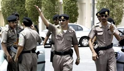 سعودی عرب میں 12پاکستانیوں نے بھارتی باشندے کے ساتھ ایسا کام کردیا کہ سب کو فوری گرفتار کر لیا گیا