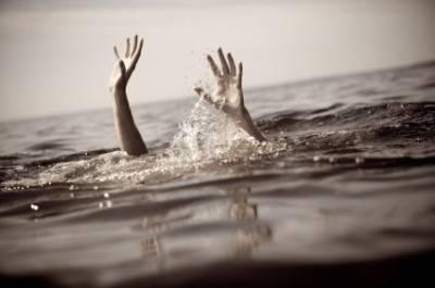پاک بحریہ کا ریسکیو آپریشن ،نہر میں ڈوبنے والے 2نو جوانوں کی لاشیں برآمد کر لیں