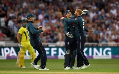 انگلینڈ نے 482 رنز کا ریکارڈ ہدف دے کر آسٹریلیا کو 242 رنز سے تاریخ کی بدترین شکست دیدی