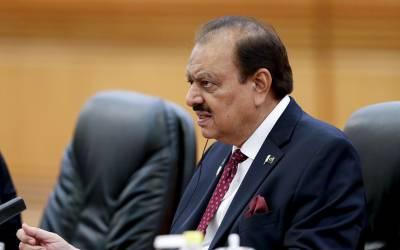 صدر ممنون حسین کی ہدایت پر ایوان صدر میں نماز استسقاءکی ادائیگی
