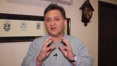 کرکٹ سے وابستہ معروف شخصیت ڈاکٹر نعمان نیاز کو پی ٹی وی کا ایم ڈی بنادیا گیا