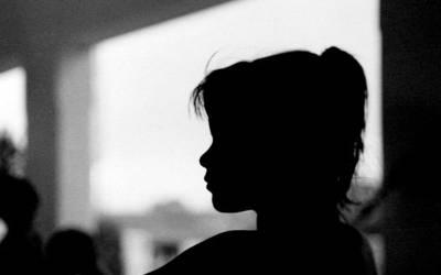 'جب میں 7 برس کی تھی تو ایک دن میرے اپنے ہی بھائی نے زبردستی مجھے۔۔۔' پاکستانی لڑکی کی ایسی کہانی کہ ہر انسان کو لرزا دے