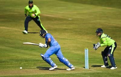 """آئرلینڈ نے بھارتی بلے بازوں کا """"بھرکس"""" نکال دیا، 20 اوورز میں کتنے رنز بنا پائے؟ بھارتیوں کے کانوں سے دھواں نکل آیا"""