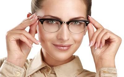 اگر آپ باقاعدگی سے اپنا چشمہ اور موبائل فون کی سکرین صاف نہیں کرتے تو اس بیماری میں مبتلا ہوسکتے ہیں، ماہرین نے خبردار کردیا