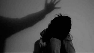 لاہور میں باپ جنسی درندہ بن گیا ، اپنی چھ سالہ بیٹی کو جنسی زیادتی کا نشانہ بنایا اور ۔۔۔شرمناک ترین خبر آ گئی