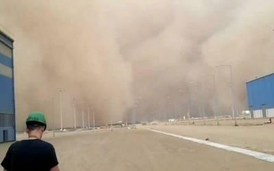سعودی شہر جازان میں ریت کا طوفان، نظام زندگی درہم برہم
