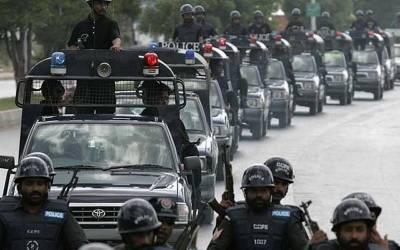 حکمرانوں کے بعد اب پنجاب پولیس کی باری بھی آگئی، ایسی خبرآگئی کہ اہلکاروں کے ہاتھوں خوار ہوتے شہری بھی خوشی سے جھوم اٹھیں گے