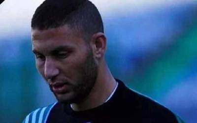 معروف کھلاڑی میچ کے دوران ہی سٹیڈیم میں گر کر جاں بحق ہوگیا