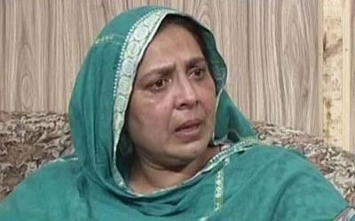 بیگم کلثوم نواز کی کزن، جھارا پہلوان کی بیوہ سائرہ پی پی 149 سے تحریک اللہ اکبر کے ٹکٹ پر امیدوار