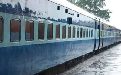 بھارت؛ٹرین میں دھواں ،امبالہ سٹیشن پر خوف کی فضا