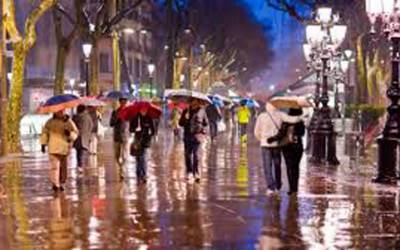 بارسلونا میں دن رات بھی بارش ہوتو گلیوں سڑکوں پر پانی کتنی دیر کھڑا رہتاہے؟یہ حقیقت آپ بھی جانئے